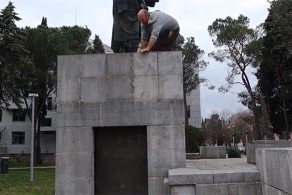"""""""GOVORILI SU DA SAM LUD"""" Trebinjac neobičnom vještinom savladava prepreke (VIDEO)"""