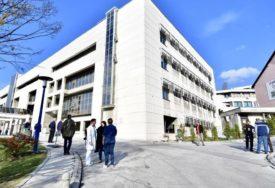 """""""TRETIRAN NAJBOLJOM TERAPIJOM"""" Klinički centar u Sarajevu se oglasio o smrti ljekara Pašagića"""