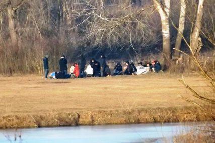 """PONOVO AKTUELNA """"BALKANSKA RUTA"""" Migranti postali mušterije dilerima droge"""
