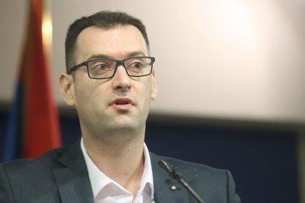 Odbornik Grmuša poručio: Skupština Grada je funkcionisala i za vrijeme rata, zašto se sad sramotimo (FOTO)