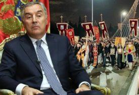SITUACIJA U CRNOJ GORI SE NE SMIRUJE Đukanović: Bez razgovora ne može doći do rješenja