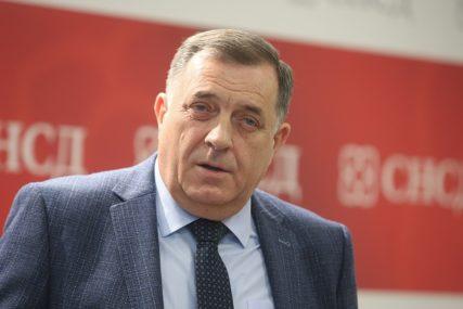 """""""ČESTIKE TRAMPU NA USPJEŠNOM PROCESU"""" Dodik se nada da će odnosi Beograda i Prištine biti bolji nego u prošlosti"""