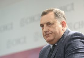 """""""MIGRANTI OZBILJAN PROBLEM"""" Dodik smatra da se na organe BiH ne može računati"""