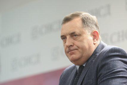 """""""SPORAZUM JE VAŽEĆI"""" Dodik istakao da se dogovor za Mićićem ne dovodi u pitanje"""