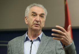 ZAŠTO SU ZAUSTAVLJENE REFORME Šarović poručio da evropski put BiH NE SMIJE STATI