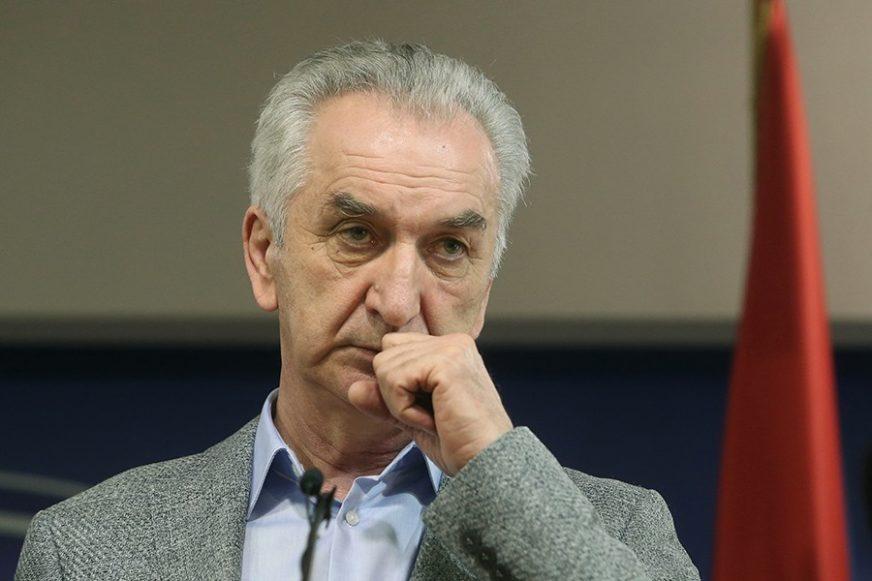 Šarović PORUČUJE: Održavanje izbora na jesen JEDINI RAZLOG za podršku budžetu