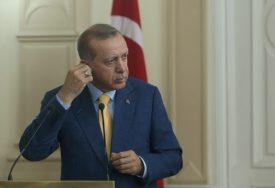 """ERDOGAN DEMANTUJE AMERIČKE NOVINE """"Ankara ne šalje sirijske militante u Nagorno-Karabah"""""""