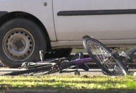 DJEČAK (13) TEŠKO POVRIJEĐEN Udario ga automobil dok je vozio bicikl