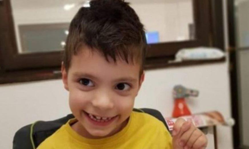 BORBA SA TEŠKOM BOLEŠĆU Pozovite 1412 i pomozite malom Sergeju Todoroviću iz Banjaluke