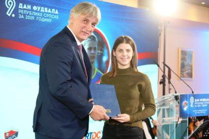NAJBOLJA FUDBALERKA SRPSKE Krajšumovićeva adut Radnika i selekcije BiH (FOTO)