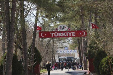 """GRČKA OPTUŽILA TURSKU """"Ankara širi lažne vijesti o povrijeđenim migrantima"""""""