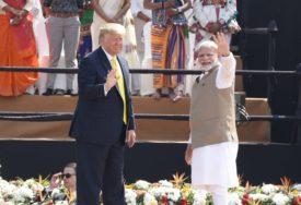 Indijski premijer Trampu POKLONIO OVU FIGURU, otkrivamo šta ona ZNAČI (FOTO)