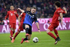 TUGA! Bajern i Paderborn su igrali na terenu, a na tribinama PREMINULA BEBA, rođaka fudbalera