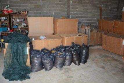 Policija u akciji: U Šamcu oduzeli mašine i preko 7.000 kilograma duvana