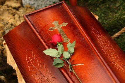 GODINA PANDEMIJE U Bijeljini lani 145 sahrana više nego ranije