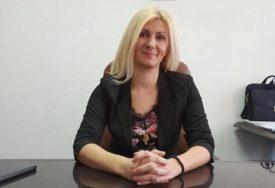 """""""NAČELNICA DA SE IZVINI"""" Jasna Pećanac o optužbi da odbornici RUŠE SRPSKO JEDINSTVO u Drvaru"""