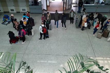 STRAH NA SARAJEVSKOM AERODROMU Putnici se odvojili od grupe Kineza zbog konoravirusa