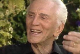 Legendarni glumac SINU NIJE OSTAVIO NIŠTA: Kirk Daglas čitavo bogatstvo DAO u humanitarne svrhe