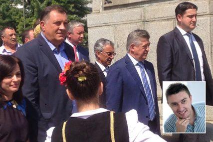 Kako je Dodik uzeo Mićića
