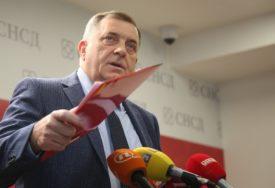 """""""OBMANJUJU VAS IZ FBiH"""" Dodik poručio da """"Dan nezavisnosti BiH"""" NE POSTOJI"""