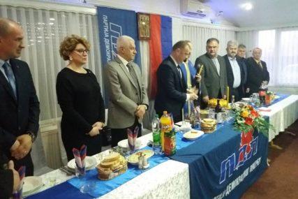 MEĐU GOSTIMA I IVANIĆ Gradski odbor PDP Prijedor proslavio krsnu slavu