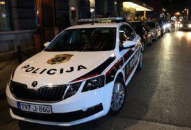 KAŽNJENO 50 VOZAČA Parkirali vozila na glavnoj saobraćajnici