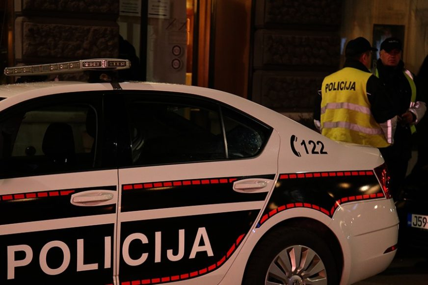Saobraćajna nesreća kod Sarajeva: Sudarila se tri vozila u naselju Otoka