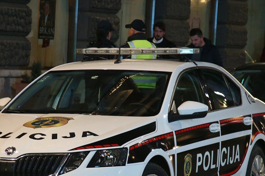 Sudaru četiri automobila u Sarajevu, povrijeđene dvije osobe