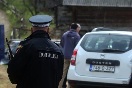 POGRDNE I PRIJETEĆE RIJEČI Uhapšen Dobojila koji je VRIJEĐAO ČLANOVE PORODICE pa napao policiju