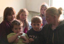 PETORO MALIŠANA ČESTO GLADUJU Teška sudbina porodice kod Prijedora (VIDEO)