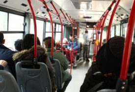 Iz zaključanog vozila je spasili vatrogasci: Slovenka zaspala u autobusu, probudila se na posljednjoj stanici