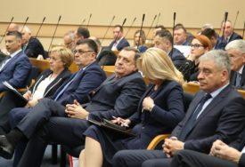 Parlament Srpske USVOJIO Informaciju u vezi s ANTIDEJTONSKIM DJELOVANJEM Ustavnog suda BiH
