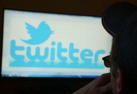 Tviter radi na SIGURNOSNOM MODU: Automatski će blokirati zlonamjerne tvitove