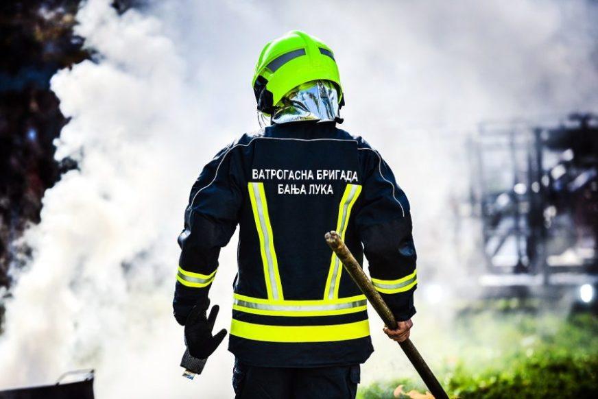Pokazali da spremno dočekuju izazove: Vatrogasci izveli pokazne vježbe