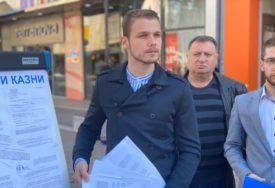 """""""I GRAĐANI ĆE MOĆI DONIJETI SVOJE"""" Stanivuković i Vukanović prave izložbu tužbi"""