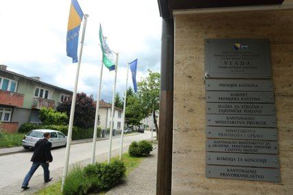 POTREBNE OŠTRIJE MJERE Krizni štab Unsko-sanskog kantona predložio ograničavanje kretanja od 21 do 5 sati ujutro