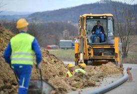 ZA PRIKLJUČENJE PLANIRANI POPUSTI Od septembra izgradnja 50 kilometara novih vodovoda