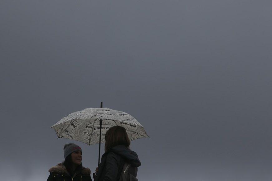 NEKA KIŠOBRAN BUDE UZ VAS Danas oblačno, kiša i pljuskovi poslije podne u većini krajeva