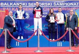 VELIKI USPJEH MLADE BANJALUČANKE Anja Lolić osvojila srebro na prvenstvu Balkana u karateu