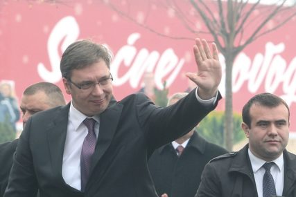 NACIONALNA BEZBJEDNOST Ako dođe do najezde migranata, Vučić spreman da ZATVORI GRANICU