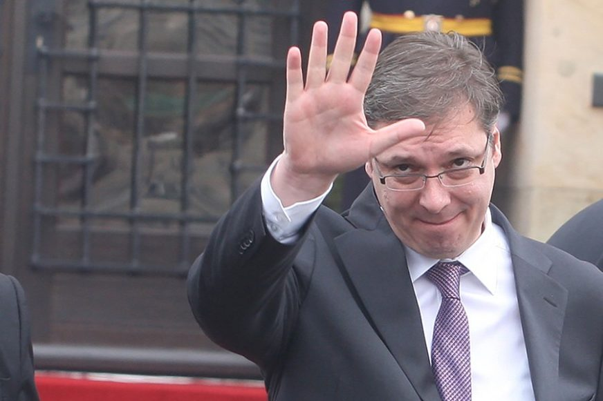 SRBIJA IZLAZI NA BIRALIŠTA Vučić raspisao izbore za 26. april