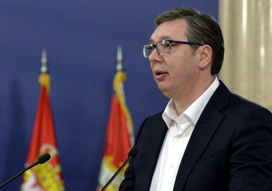 """""""ONI KOJIMA NE TREBA, NEKA NE TRAŽE"""" Vučić pojasnio kako do pomoći od 100 EVRA"""
