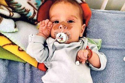 PRED NJIM SU NAJVAŽNIJI DANI BORBE Mali Oliver primljen u bolnicu u Budimpešti