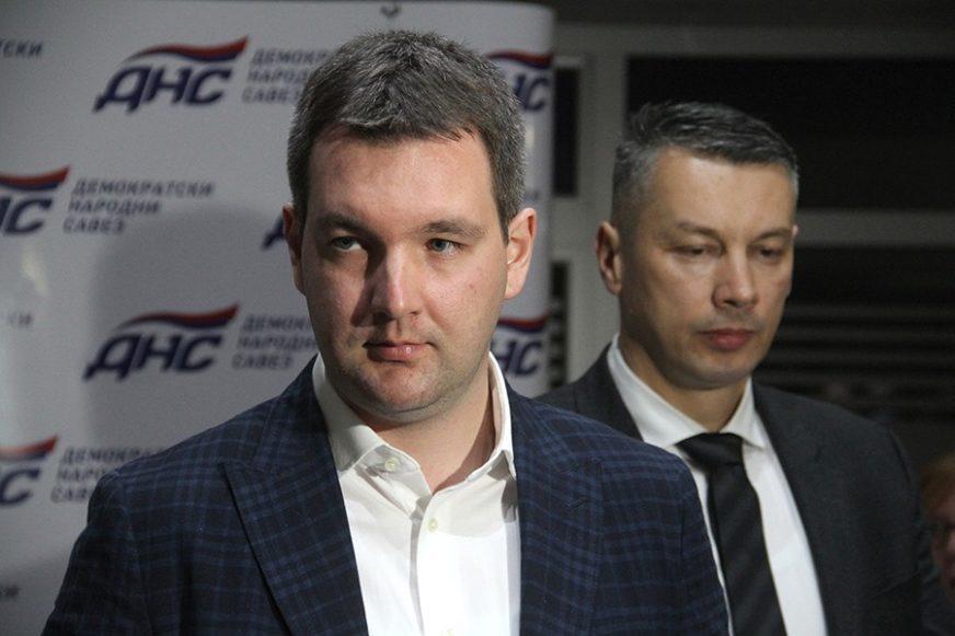 """GRAĐANI BANJALUKE PREVARENI I POKRADENI"" Reakcije iz DNS nakon prelaska Obradovića u SNSD"