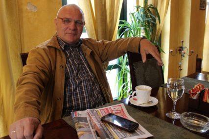 STIHOVI STVARNOSTI I OHRABRENJA Satiričar Boško Grgić iz Gradiške opjevao koronu