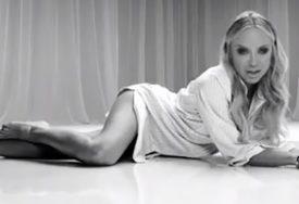Hrvatska pjevačica pokazala kako izgleda njen DOM IZ SNOVA, jedan detalj je svima ZAPAO ZA OKO (FOTO)