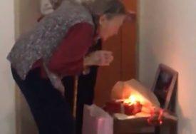 Baka je zbog vanrednog stanja za 94. rođendan dobila TORTU U HODNIKU, ali i EMOTIVNU PORUKU (VIDEO)