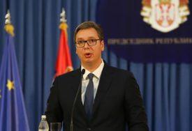DRŽAĆE SE SLOBODE I NEZAVISNOSTI Vučić: Srbija ide ka EU, ali neće protiv saveznika