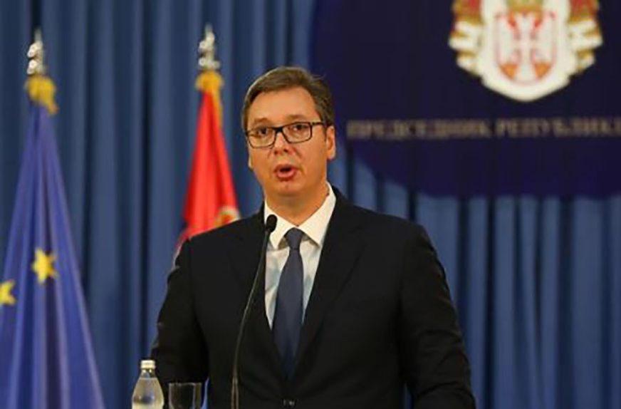 VUČIĆ KONAČNO SA SINOM Danilo je pobijedio koronu, a lider Srbije ne krije sreću (FOTO)