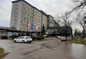 14 PACIJENATA NA RESPIRATORIMA U novosadskim bolnicama na liječenju 173 osobe